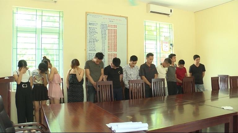 vinh phuc bat giu 12 doi tuong su dung ma tuy trong quan karaoke