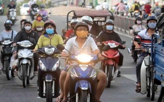 Dự thảo luật GTĐB bỏ đề xuất xe máy phải bật đèn ban ngày