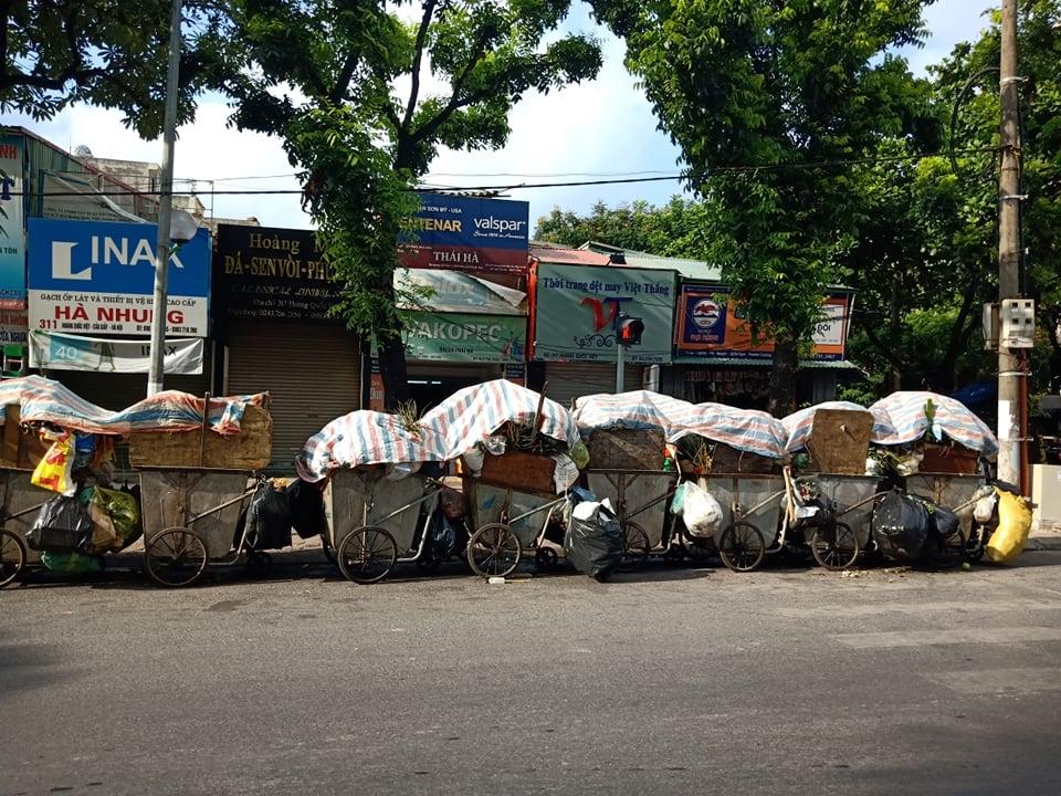 Hà Nội xây dựng phương án phân luồng, vận chuyển rác