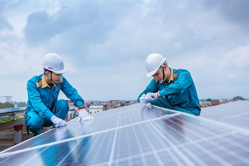Lắp đặt điện mặt trời áp mái, người dân trở thành nhà đầu tư thông thái