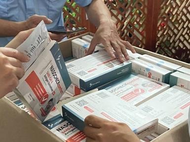 Hà Nội: Thu giữ hơn 3.000 que thử Covid-19 không rõ nguồn gốc