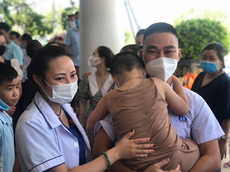 Phú Thọ cử 52 cán bộ y tế hỗ trợ tỉnh Bình Dương chống dịch COVID-19