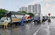 Hơn 3.300 phương tiện quay đầu không vào Hà Nội do không đáp ứng yêu cầu phòng dịch