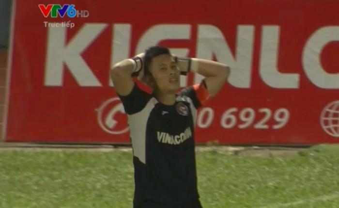 video tan linh dap bien quang cao cong vinh da hong penalty