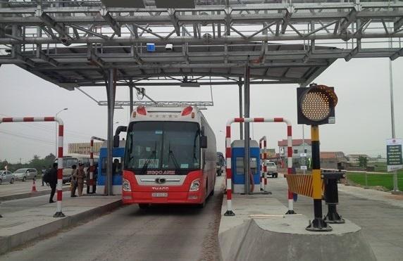 Công khai thông tin tại trạm thu phí đường bộ