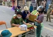 Hà Nội: Gần 400 trường hợp vi phạm phòng chống dịch tại quận Ba Đình