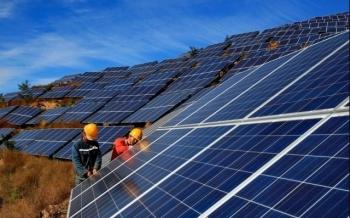Sắp có quy định về tái chế, thu hồi pin năng lượng mặt trời
