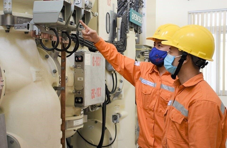 Sử dụng tiết kiệm điện là góp phần đảm bảo an ninh năng lượng