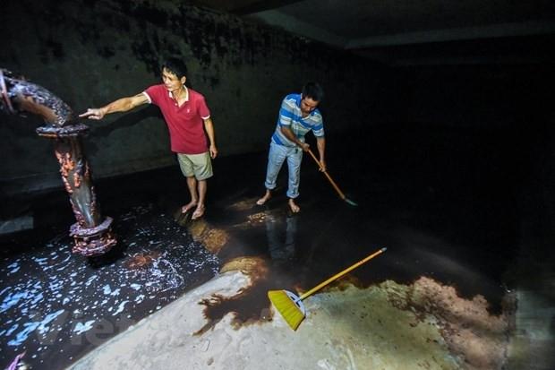 Cơ bản hoàn thành việc súc rửa đường ống, bể chứa