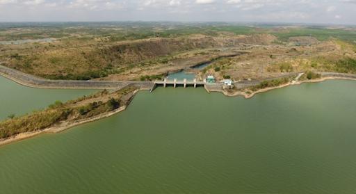 Đắk Lắk đề xuất Chính phủ đưa nhà máy điện mặt trời tấm nổi vào quy hoạch