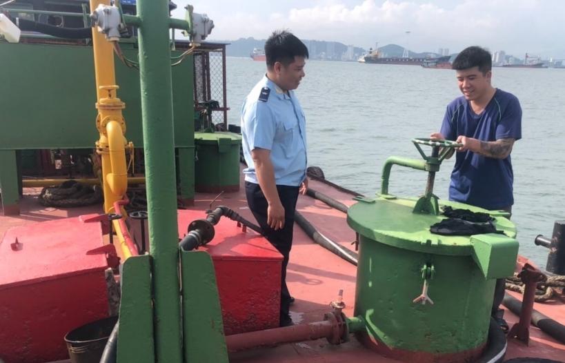 Quảng Ninh: Thu giữ 8.500 lít dầu Diezel không rõ nguồn gốc