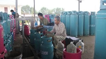 Tăng cường kiểm tra đảm bảo an toàn tại cơ sở kinh doanh xăng dầu, gas, điện