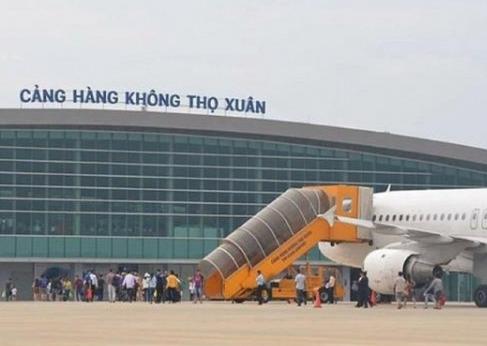 Đóng cửa 2 sân bay do ảnh hưởng bão số 7