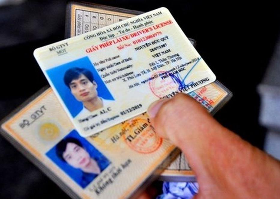 Điều kiện để cấp đổi, cấp lại Giấy phép lái xe hết hạn cho người ở khu vực áp dụng Chỉ thị 16