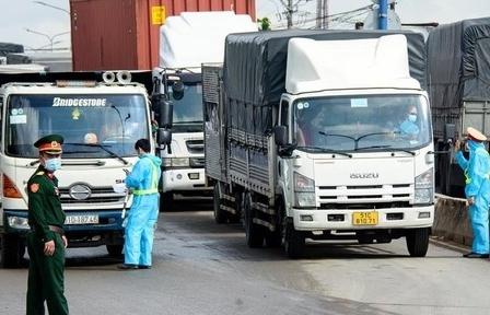 Bộ GTVT tiếp tục đề nghị các địa phương bảo đảm tạo thuận lợi cho vận chuyển hàng hóa