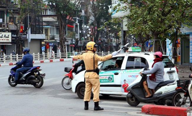 Hà Nội yêu cầu tăng cường đảm bảo an toàn giao thông quý IV/2020