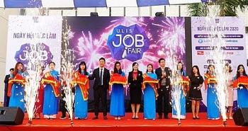 gan 6000 sinh vien tham gia ngay hoi ulis job fair nam 2020