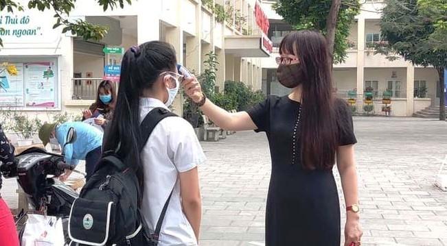 Giáo viên, học sinh Hà Nội phải khai báo y tế