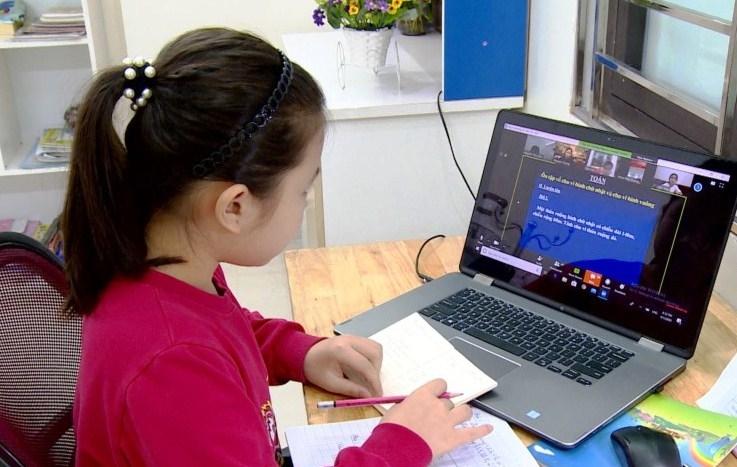 Bộ GD&ĐT chỉ đạo thực hiện chương trình giáo dục và phòng chống dịch Covid-19