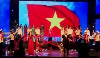 xuan truong sa 2019 am ap nghia tinh dat lien voi bien dao