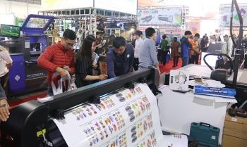 Trưng bày nhiều thiết bị và công nghệ quảng cáo Việt Nam và máy móc ngành In ấn 2019