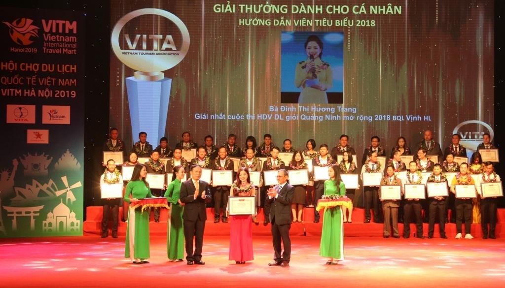 vinh danh ca nhan tap the doanh nghiep du lich tieu bieu viet nam 2018