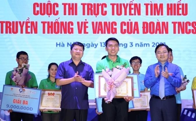 Thầy giáo cấp 3 giành giải Đặc biệt cuộc thi tìm hiểu 90 năm truyền thống của Đoàn