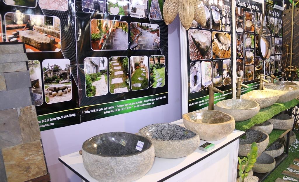 Hơn 200 doanh nghiệp trưng bày sản phẩm công nghệ tiên tiến tại Vietbuild Hà Nội 2021