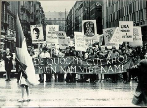 Bạn bè quốc tế đoàn kết chống chiến tranh tại Việt Nam