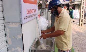 Máy ATM phát gạo miễn phí cho người nghèo