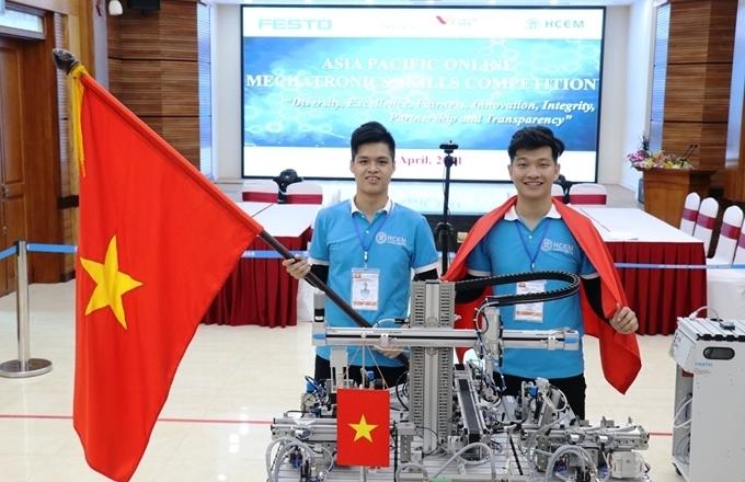 Sinh viên Việt Nam giành Huy chương Vàng Kỹ năng nghề Cơ điện tử online châu Á - Thái Bình Dương