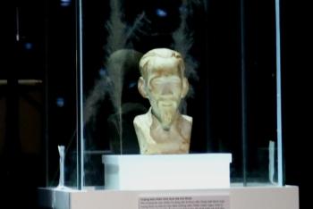 Câu chuyện xúc động về bức tượng Bác Hồ của những chiến sỹ Nhà tù Côn Đảo