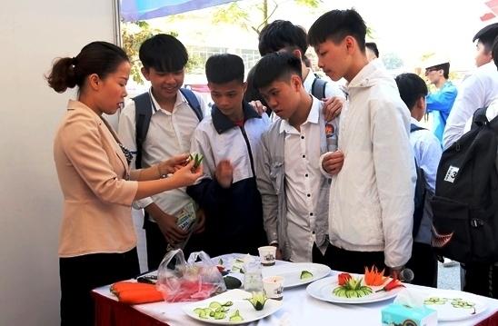 Học sinh có chứng nhận nghề được cộng điểm thi tốt nghiệp THPT