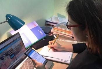 Hà Nội: Nhiều trường đại học kéo dài thời gian học trực tuyến