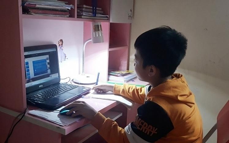 Hà Nội: Trường đủ điều kiện có thể kiểm tra học kỳ II bằng hình thức trực tuyến
