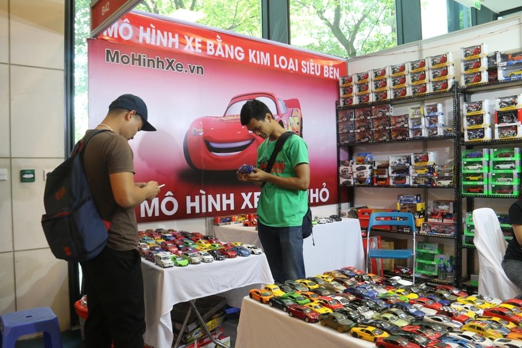 450 gian trung bay phuong tien giao thong tai vietnam autoexpo 2018