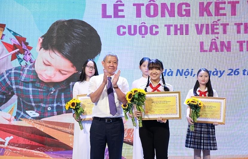Học sinh lớp 7 đạt giải Nhất cuộc thi Viết thư quốc tế UPU lần thứ 49