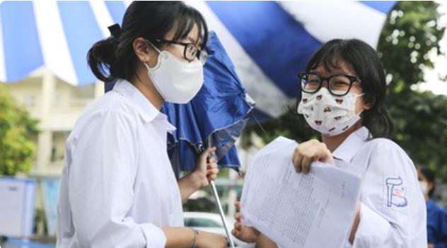 Hà Nội công bố điểm chuẩn trúng tuyển lớp 10 THPT chuyên năm học 2021-2022