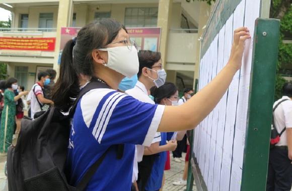 Hơn 1 triệu thí sinh làm thủ tục dự thi THPT năm 2021