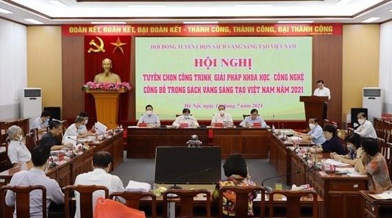 Vinh danh 76 công trình, giải pháp KHCN trong Sách vàng Sáng tạo Việt Nam năm 2021