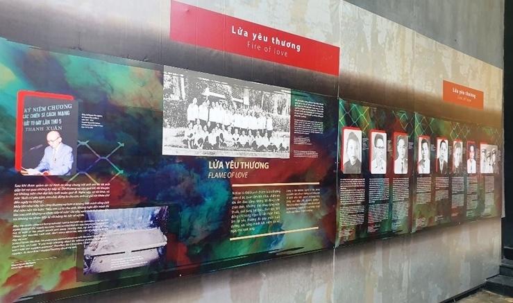 """Câu chuyện về các chiến sĩ yêu nước qua trưng bày """"Thắp lửa yêu thương"""""""