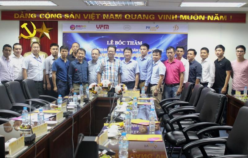 pvcombank dong hanh cung giai bong da bank league open 2017