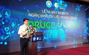ra mat website ngan hang du lieu nganh duoc