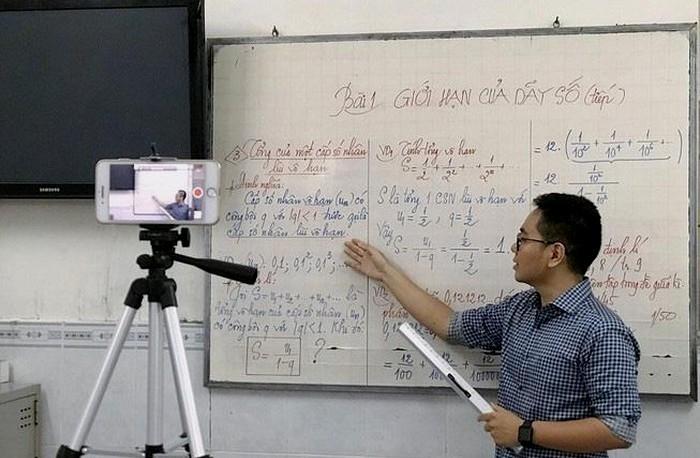 Bộ GD&ĐT lấy ý kiến về quản lý tổ chức dạy học trực tuyến