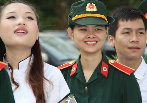 14 thí sinh đầu tiên trúng tuyển Học viện Quân y
