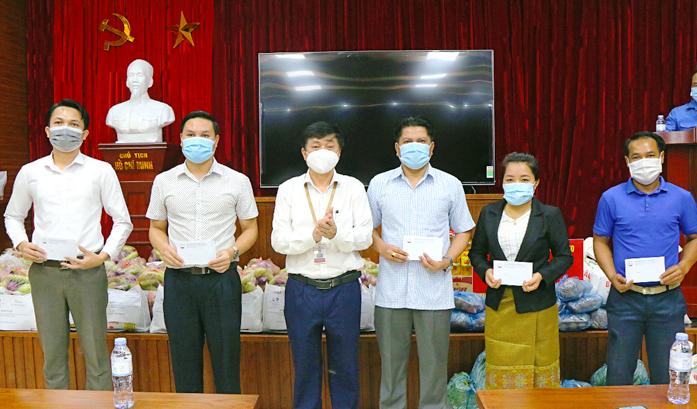Học viện Báo chí và Tuyên truyền hỗ trợ học phí cho sinh viên bị ảnh hưởng bởi dịch Covid-19