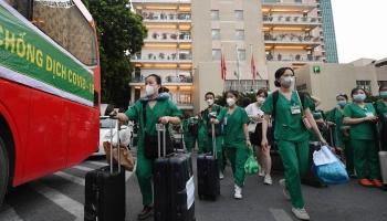 1.500 thầy trò trường Cao đẳng Y tế Bạch Mai lên đường chi viện cho TP HCM