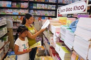 Bộ GD&ĐT: Không được ép buộc học sinh mua sách tham khảo