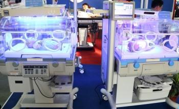 Bộ Y tế công khai giá trang thiết bị y tế