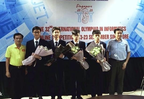 Việt Nam giành huy chương Vàng Olympic Tin học quốc tế 2020